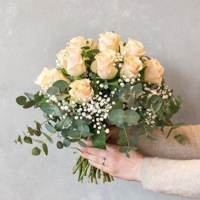 romantischer Rosenstrauß in Pastell von Hand bei Interfleur gefertigt